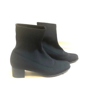 Nylon ankle boot size 5